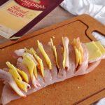 Pollo hasselback relleno de cheddar y beicon 1